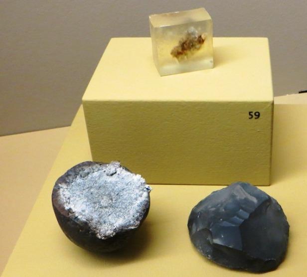 amadou-nodule-de-pyrite-et-silex